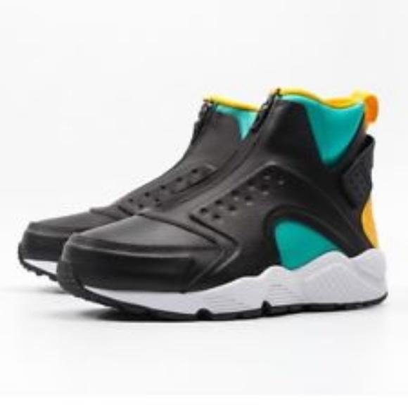 reputable site 5db8e 65fab NWOB Nike Air Huarache Run Mid Black Leather Run